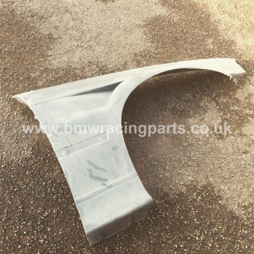 E36 4 Door / Compact Lightweight Vented Front Wings